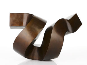 Clement Meadmore, Wing Spread 1999 bronze, edition 1/8,  17x28x17cm Image courtesy Shapiro Auctions and Robin Gibson Gallery  Sold for $15,600 by Shapiro Nov 2012