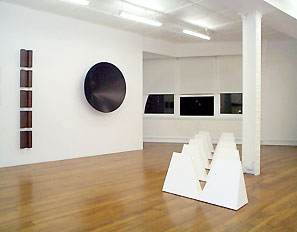 Sarah Robson installation view exhibition 1997, Gitte Weise Gallery. Image courtesy Gitte Weise Gallery and the artist