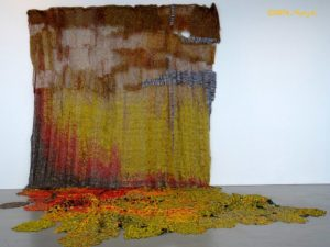El Anatsui Garden Wall 2011 aluminium & copper wire. Image courtesy the artist and Jack Shainman Gallery